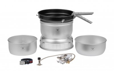 Trangia storm kitchen in a light and strong aluminum alloy. Lightweight and very reliable. With gas burner.